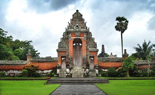 taman-ayun-temple-mengwi