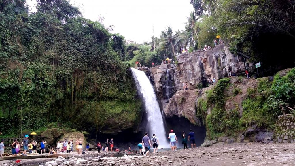 blangsinga-waterfall-gianyar